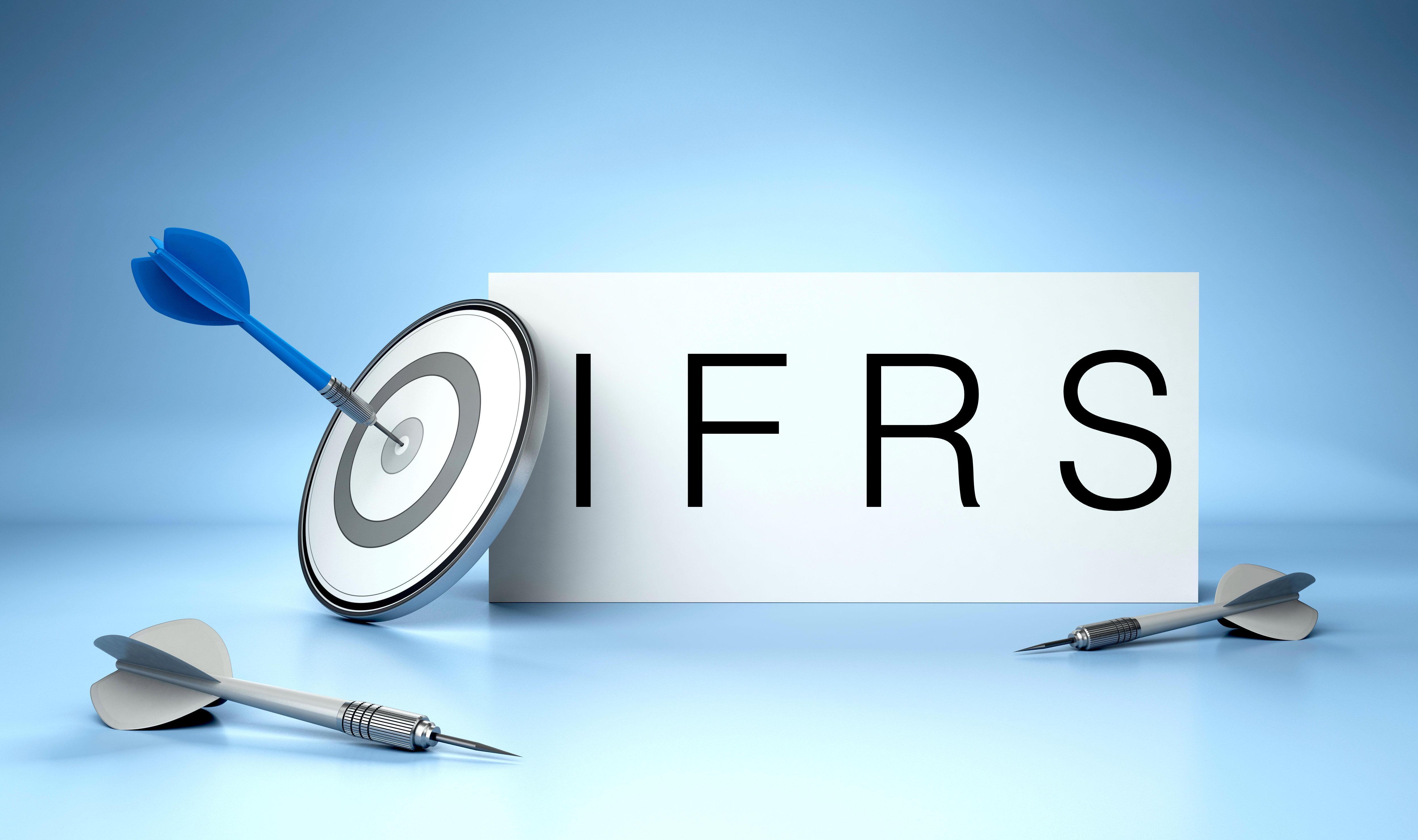 استاندارد بین المللی گزارشگری مالی شماره ۸ چیست؟